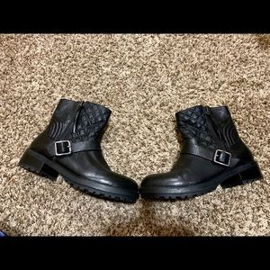 Steve Madden moto booties! Excellent condition!